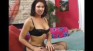 Hot MILF Sucked Huge Cock And Fucked